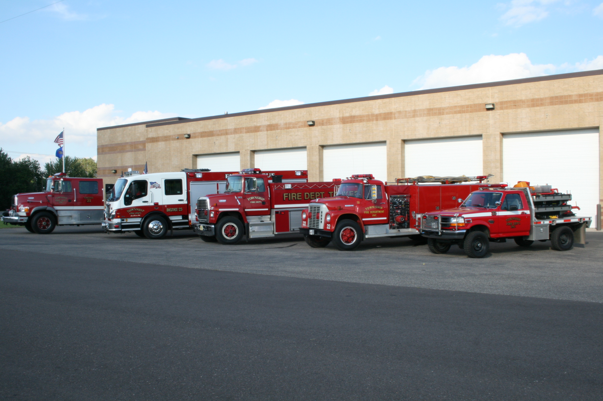 Washington Township truck lineup side